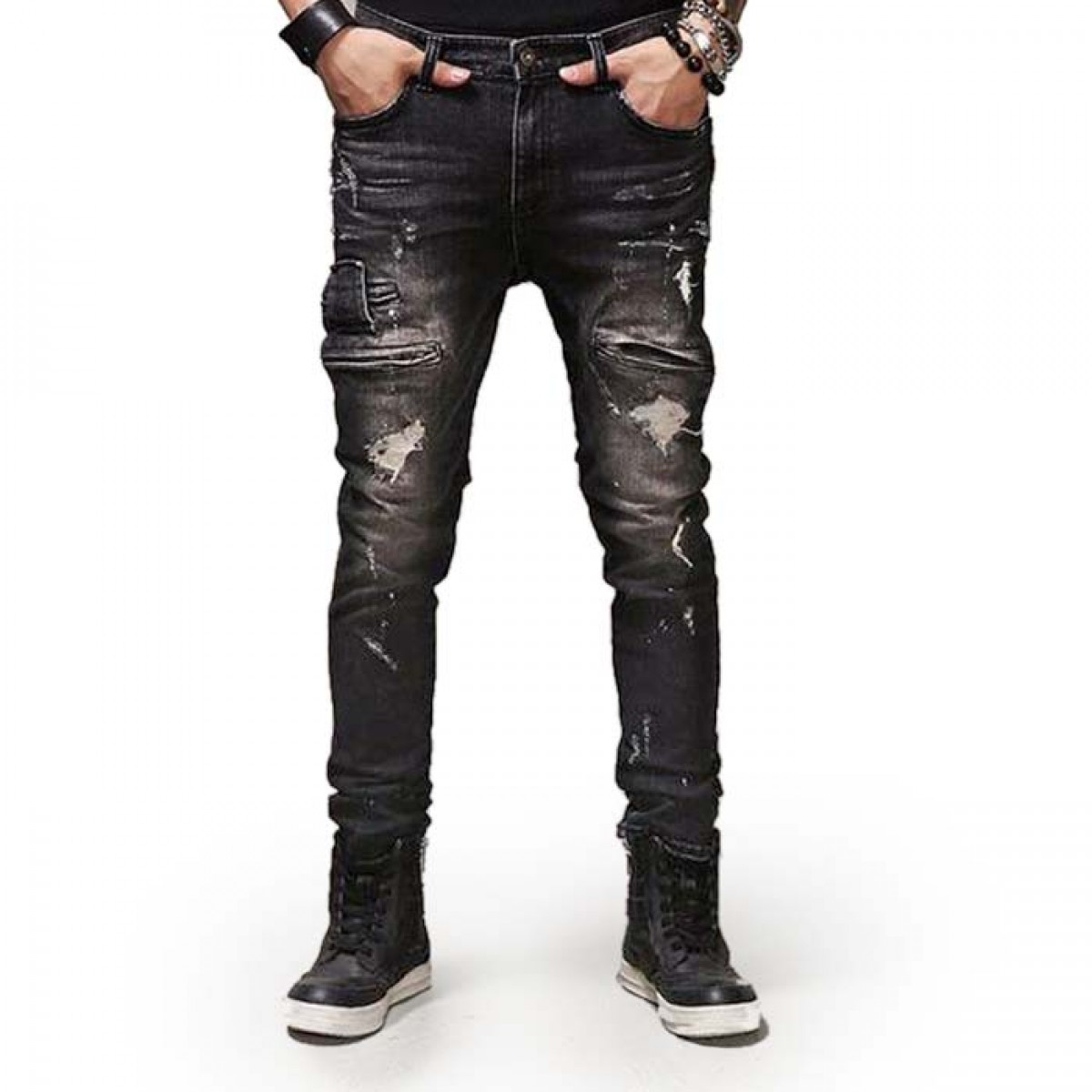 Men's Black Jeans. Black jeans are a true wardrobe staple and you really need a pair in your life. They're versatile, look great and will never go out of style. We like to wear ours with a denim shirt and chelsea boots. View All Jeans; Washed Black Ripped Stretch Skinny Jeans.
